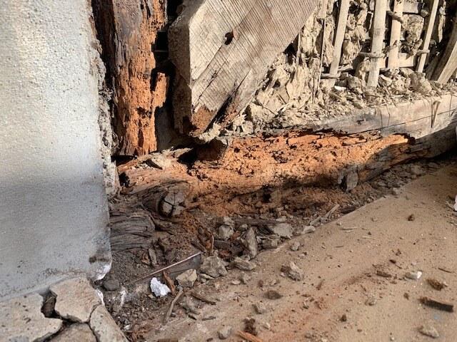【羽島市(岐阜)のリフォーム】地震で倒壊する土台の腐食を改善しました